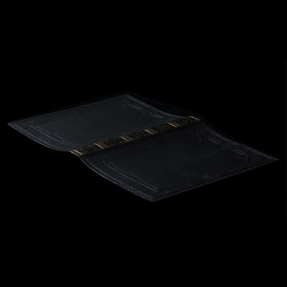 V. Sabrina,サブリナ,レザー,ブックカバー,箔押し,アンティーク,金箔,黒,ブラック,文庫本